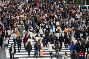 iStock_crowded-crosswalk[1]